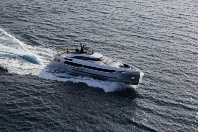 Palumbo superyacht Columbus Sport Hybrid 40M - CAmeller