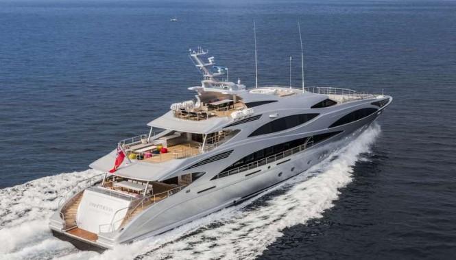 Panthera Yacht - aft view