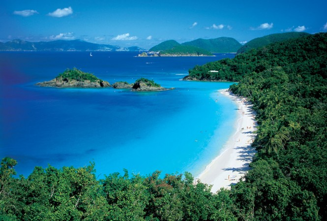 St John - Trunk Bay - US VIRGIN ISLANDS - Photo credit to US Virgin islands Department of Tourism