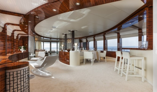 Vulcan Yacht - Interior