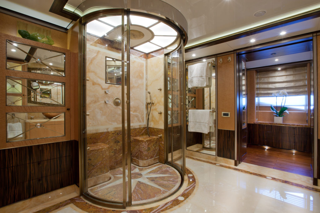 BELLA ANNA YACHT OWNER BATHROOM Images Of Luxury Super Yacht BELLE