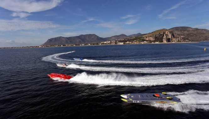 Class 1 racing at the 2013 World Powerboat Championship - Photo by Simon Palfrader