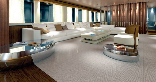 Luxury yacht Azuro - Main Saloon