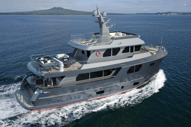 Motor yacht Bering 80 - aft view