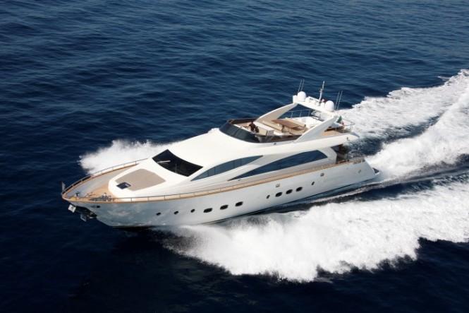 Amer 92 Yacht running