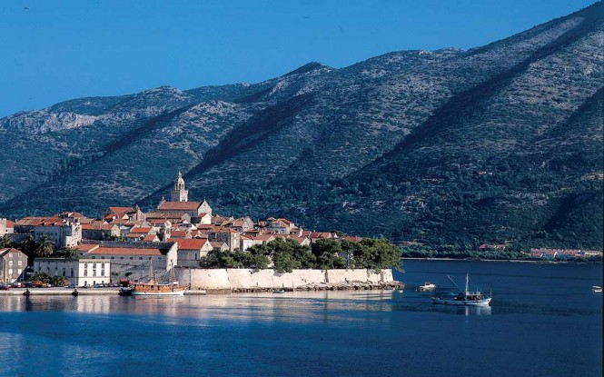 Croatia yacht charter - Korcula city walls - Image credit to Korcula Tourist Board