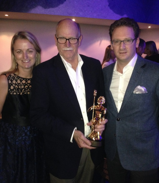 Holly Paterson Ed Roberts and Cyril Lesourd with ShowBoats Design Award 2014 for Limo TT Sea Owl Yacht