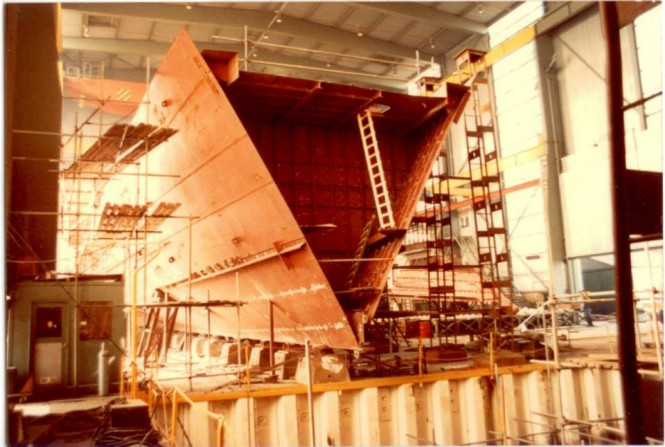 Luxury yacht Cleopatra C in build