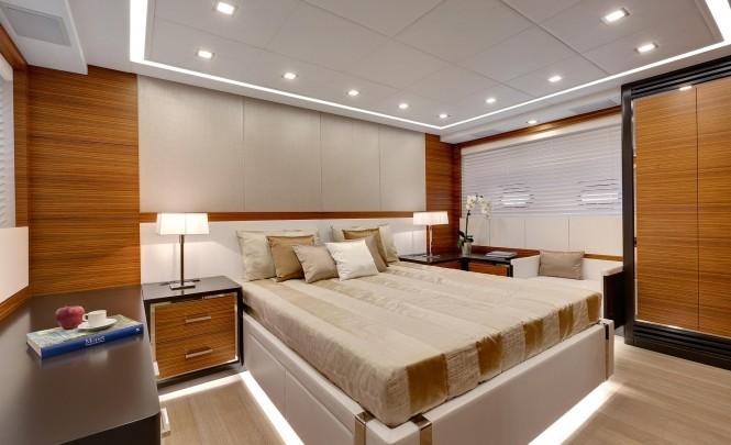Luxury yacht Mangusta 110 - Cabin