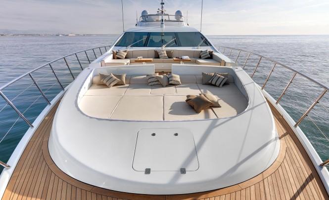 Mangusta 110 superyacht - Exterior
