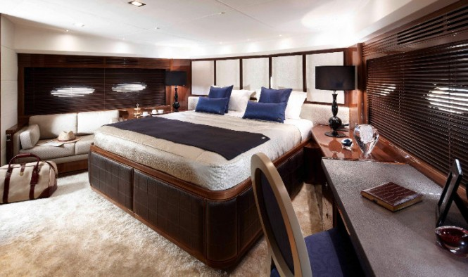 Princess 98 Yacht - Forward Stateroom