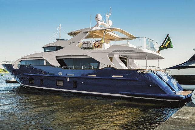 Benetti Delfino 93 motor yacht ZAPHIRA (BD005)