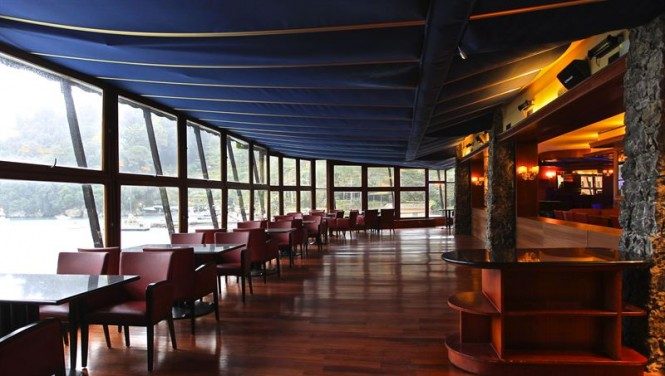 Inside Yacht Club Portofino