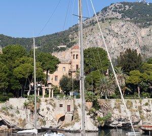 Ionian Yacht Charter aboard luxury motorsailer yacht MY LOTTY