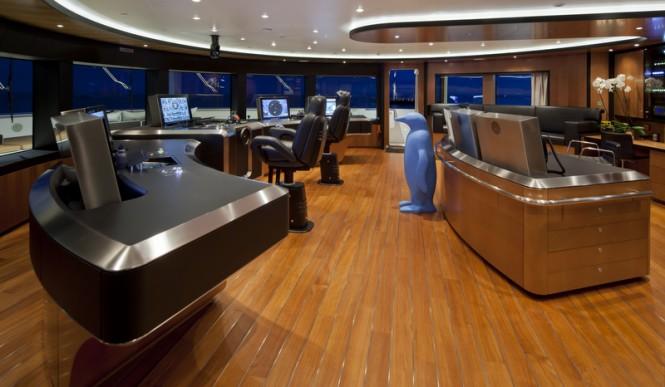 Mega yacht CHOPI CHOPI - Wheelhouse - Maurizio Paradisi