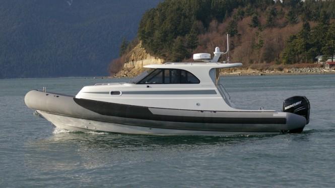 New SANJUAN32 RIB superyacht tender introduced by San Juan Composites LLC