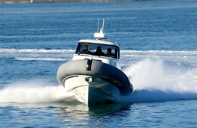 SJ32 yacht tender - bow shot