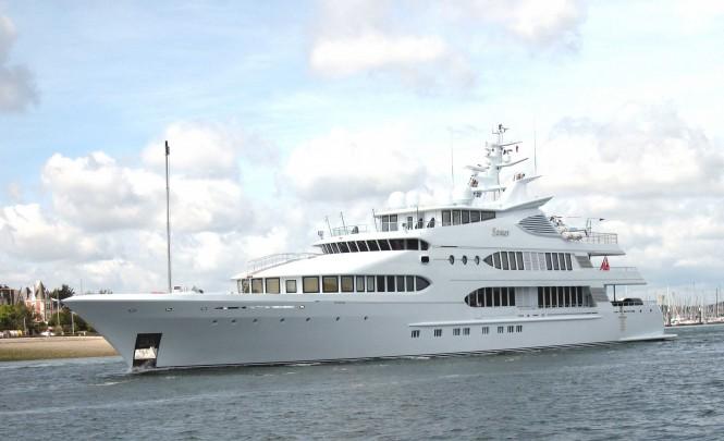 77m superyacht Samar