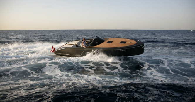 Frauscher 1017 GT superyacht tender at full speed