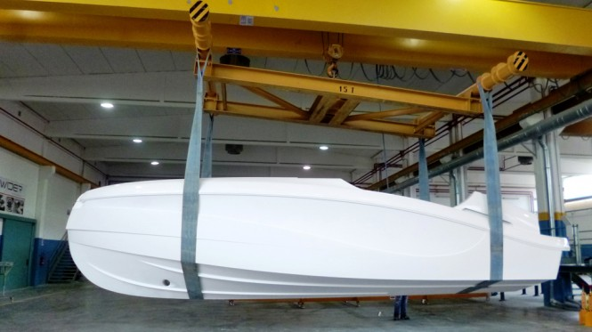 Hull of WIDER 32 superyacht tender