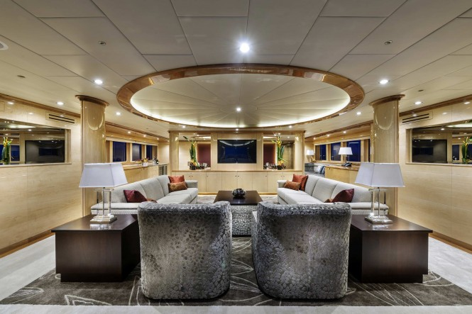 Luxury yacht Zenith - Interior
