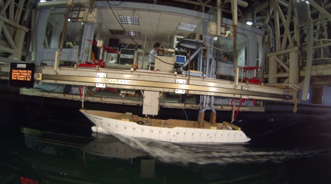 Oceanic 140' Yacht Hull no. 1 - tank test