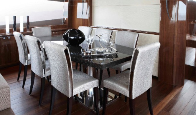 Princess 98 superyacht - Dining