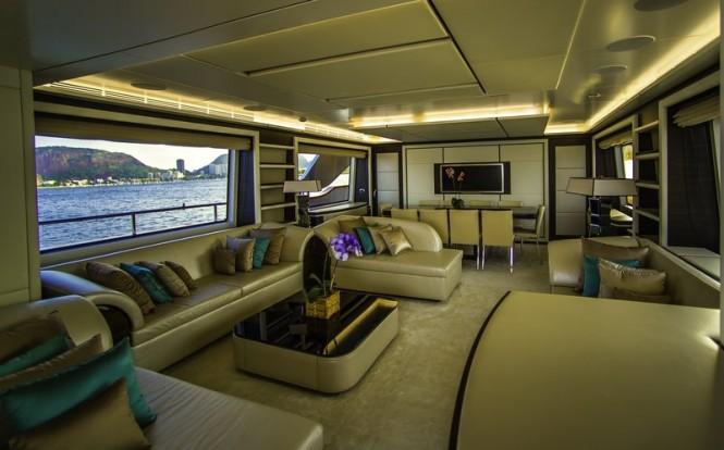 ZAPHIRA superyacht - Saloon - Image credit to Alberto de Abreu Sodre