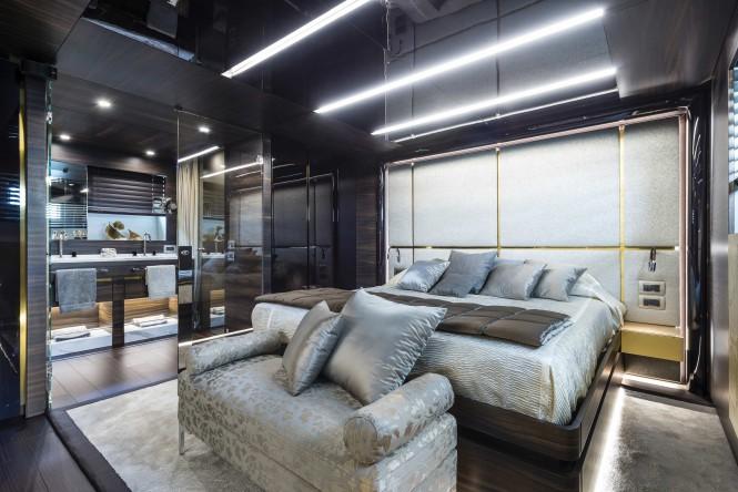 Zahraa superyacht - Owners cabin