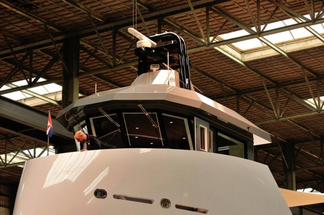 24m superyacht support vessel YXT One