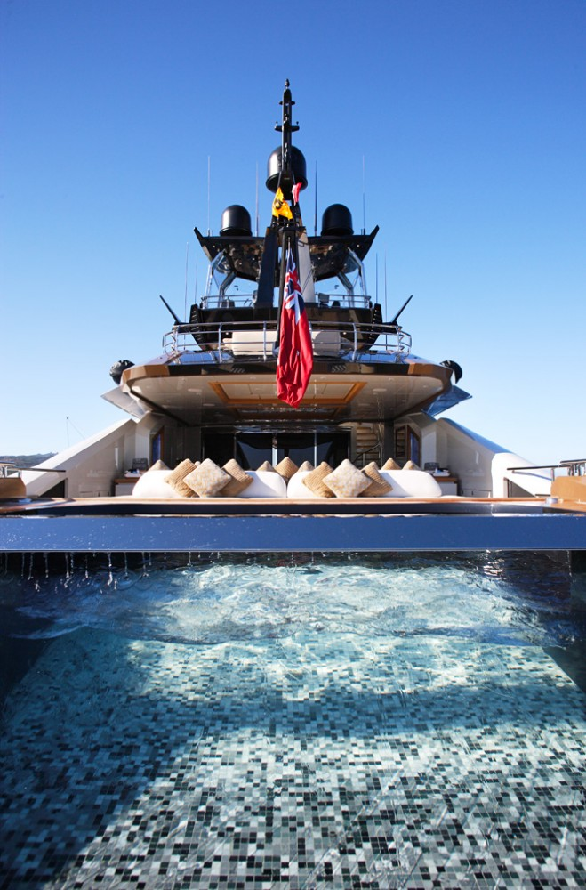 Luxury yacht Lady M - Spa pool