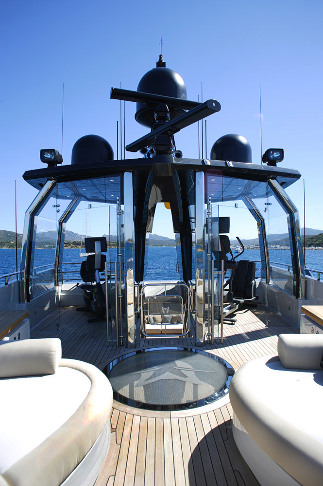 PJ210 superyacht Lady M - Outdoor Gym