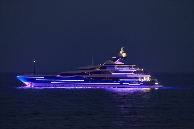 Feadship Yacht Madame Gu at night
