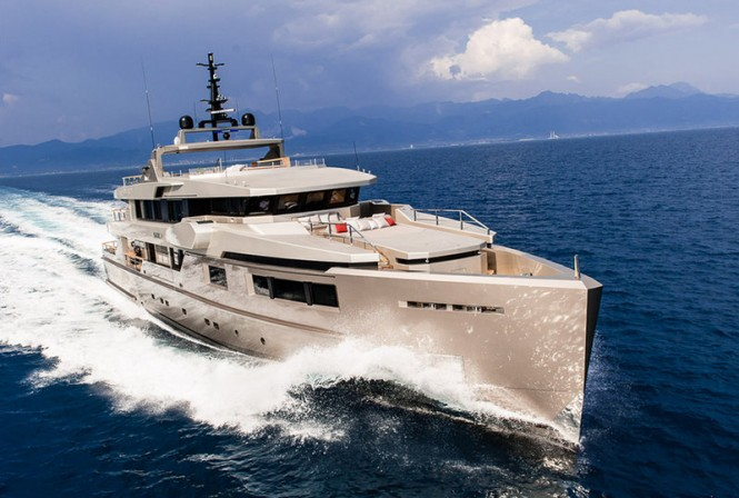 Impero 40 superyacht Cacos V by Admiral Tecnomar