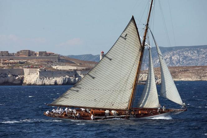 Luxury sailing yacht MOONBEAM