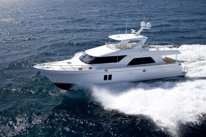 Ocean Alexander 72 Yacht underway