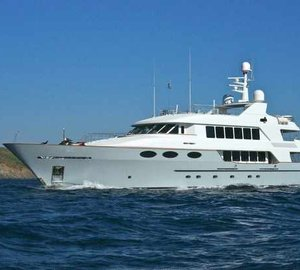 RMK-refitted motor yacht KEYLA with new interior design by Hot Lab wins World Superyacht Award 2014