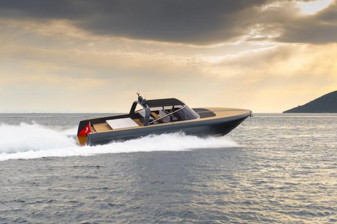 Alen Yacht built motor yacht IGUAZU