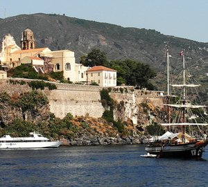 Sicily and Naples Yacht Charters aboard Victoria 67 catamaran yacht LIR