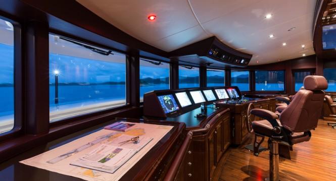 Motor yacht INVICTUS - Wheelhouse - Photo by Jeff Brown