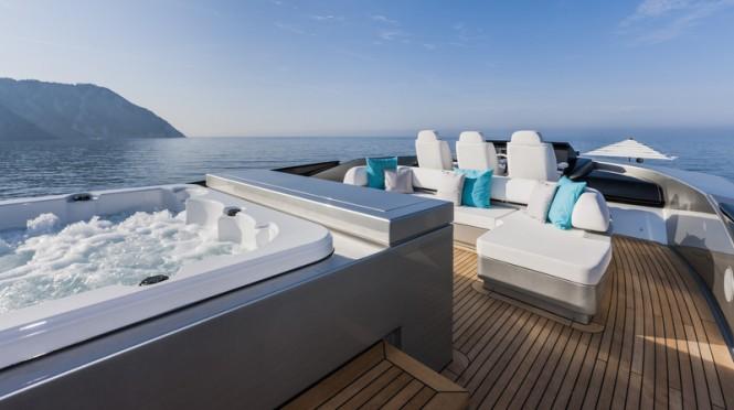 Mythos superyacht - Exterior