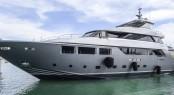 Tecnomar Nadara 40 motor yacht LOW PROFILE