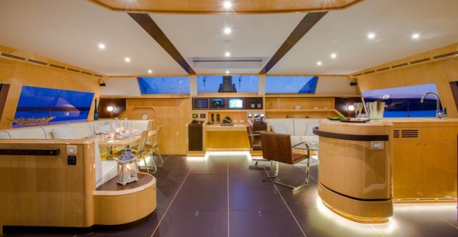 WindQuest Yacht - Interior
