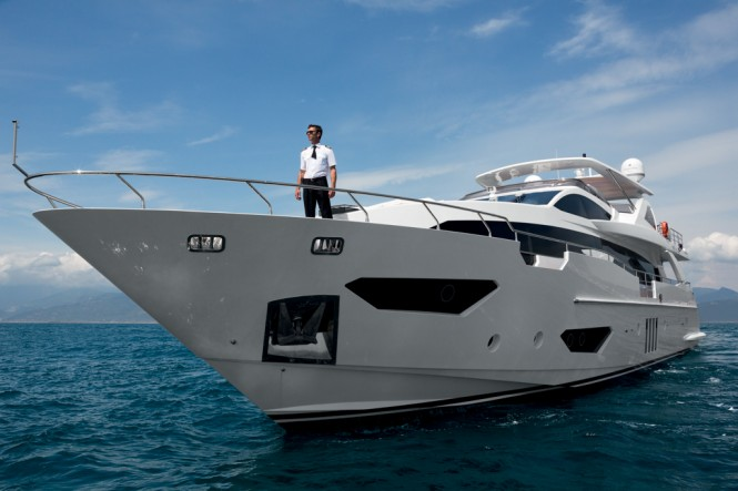 Azimut Grande 95RPH Yacht - External View