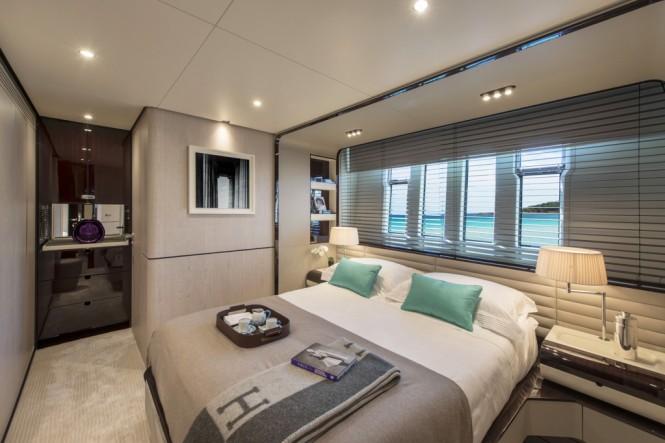 Azimut Grande 95RPH yacht - VIP cabin