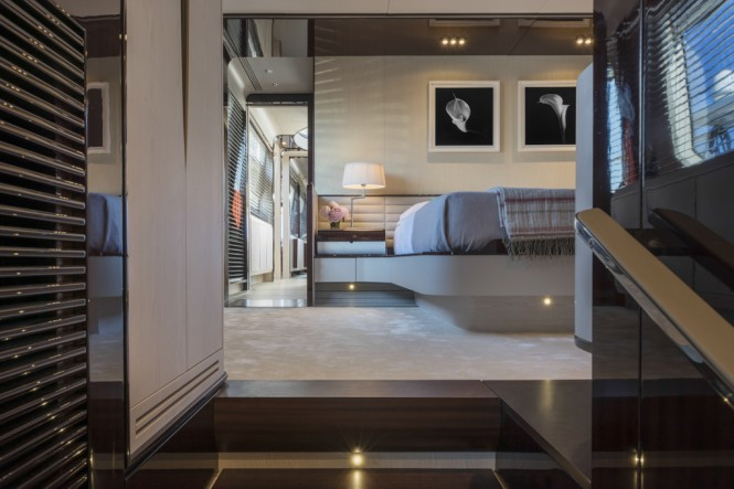 Azimut Grande 95RPH yacht - master cabin