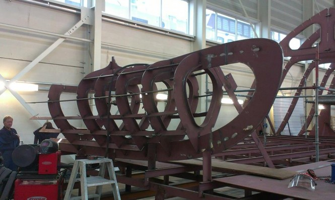 Balk Shipyard working on new bow section for motor yacht Seven Sins