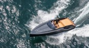 Frauscher 747 Mirage superyacht tender at full speed