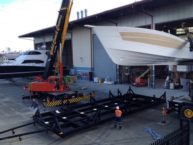 Hull lifting of Riviera 75 Enclosed Flybridge Yacht Hull no. 3
