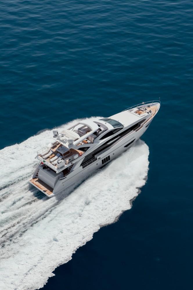 Luxury Yacht Azimut Grande 95RPH - Running